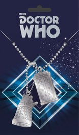 Dta0054-doctor-who-tardis-and-dalek-mock-1
