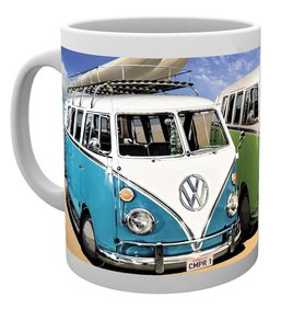 MG0927-VW-campers-beach-MUG.jpg