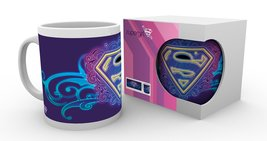 MG0883-SUPERGIRL-neon-PRODUCT.jpg
