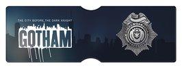 CH0193-GOTHAM-police-pass