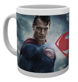 Mg1536-batman-v-superman-superman-mug