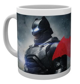 Mg1535-batman-v-superman-batman-mug