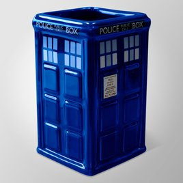 Mg1453-doctor-who-tardis-03