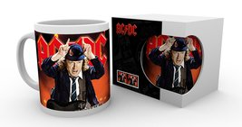 Mg1749-acdc-live-product