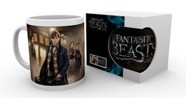 Mg1770-fantastic-beasts-group-stand-product