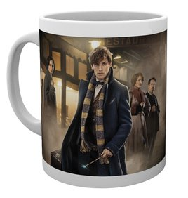 Mg1770-fantastic-beasts-group-stand-mug