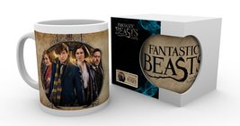 Mg1771-fantastic-beasts-group-frame-product