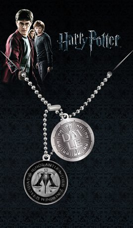 Dta0045-harry-potter-ministry-of-magic-pendant-mock-1