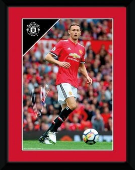 Pfa733-man-utd-matic-17-18