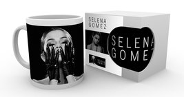 Mg2414-selena-gomez-black-product