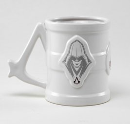 Mgm0020 assassins creed tankard 01