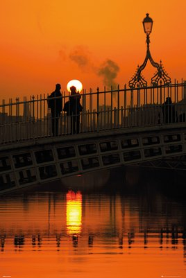 Dublin - Halfpenny Bridge Portrait