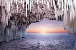 Ice Cave - Horizon