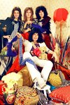 LP1575-QUEEN-band.jpg