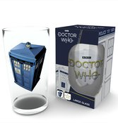 Glb0082-doctor-who-tardis-product