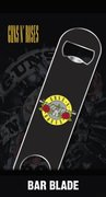 Bar0014-guns-&-roses-logo-mockup-1